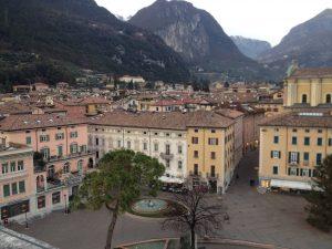 Piazza Cesare Battisti a Riva del Garda