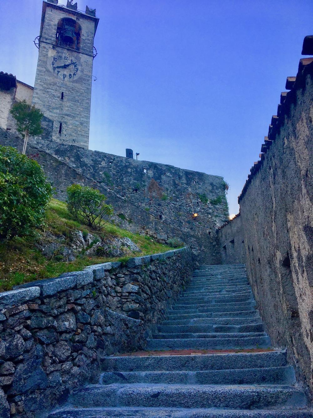 Scalinata Rocca di Sabbio Chiese